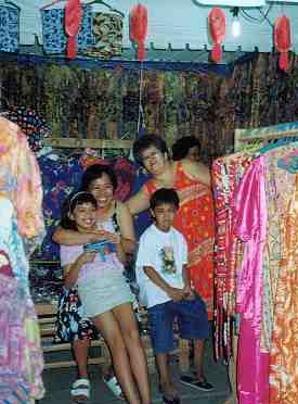 Cebu_CarbonMarket_clothes